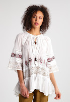 https://www.zalando.be/free-people-you-re-mine-peasant-tuniek-ivory-comco-fp021e018-a11.html