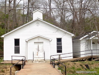 white wooden church in Kentucky