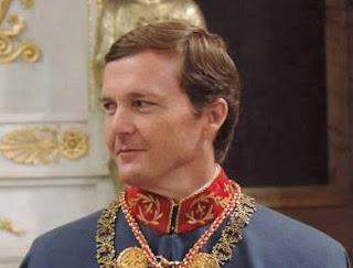 S.A.R. el duque de Calabria, Caballero Protector del Real Cuerpo de la Nobleza de Madrid, revestido como Gran Maestre de la Sacra y Militar Orden Constantiniana de San Jorge
