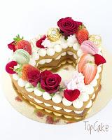 Keksikakku, hunajakakku, numerokakku, kirjaimetkakku, juhlakakku, topcake, syntymäpäiväkakku, ferrero rocher, mascarpone, mansikoita, macarons, ruusuja, sydänkakku, sydän, marenki, paras kakku