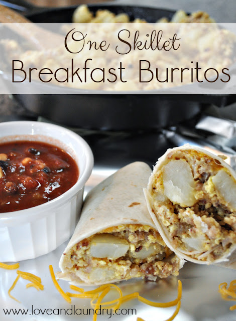 One Skillet Breakfast Burritos from www.loveandlaundry.com #recipe #breakfast