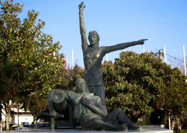 Δόμνα Βισβίζη: Η Θρακιώτισσα Μπουμπουλίνα