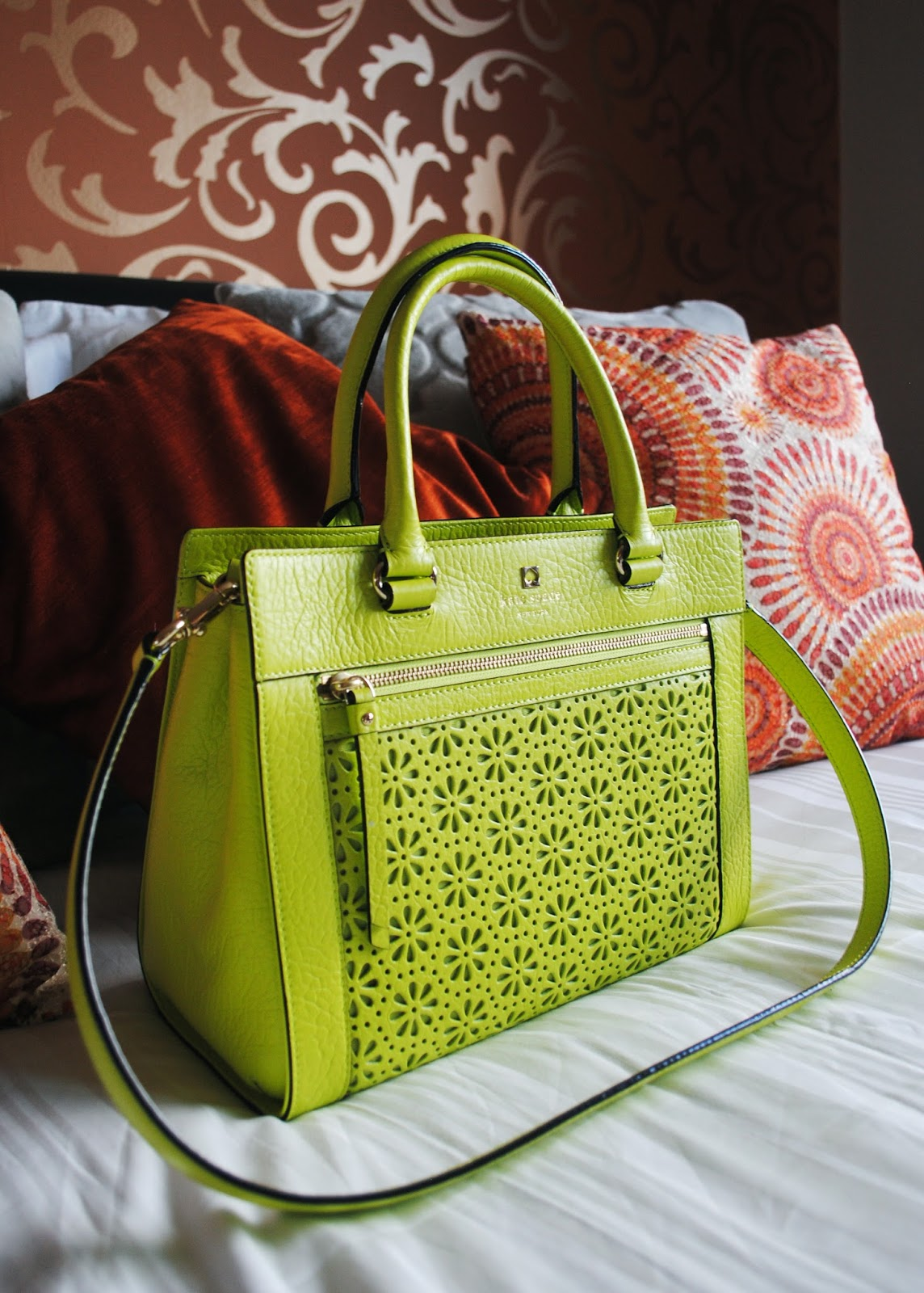 I Love A Good Bargain And Designer Handbag To My Delight Found Both This Week In Beautiful Lime Green Kate Spade Bag