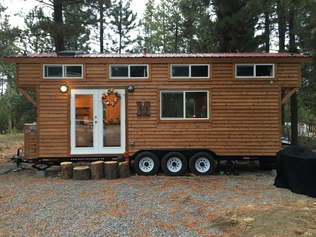 Tiny houses on trailers for sale - This Beautiful Luxury Tiny House Is Currently Available For Sale In Bend Oregon