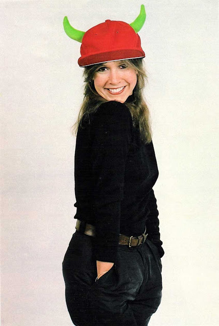 carrie fisher with hat