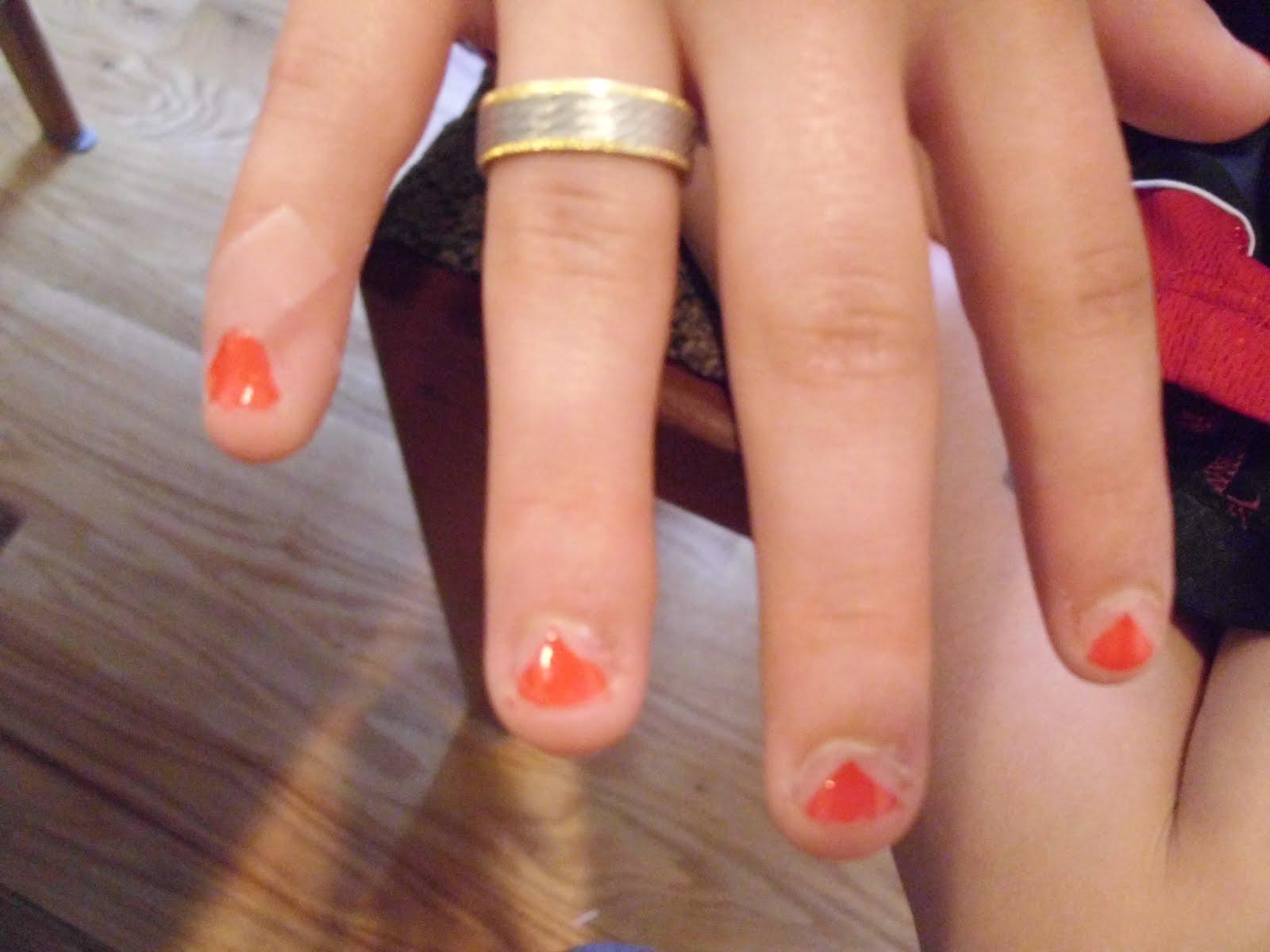 Cute Oval Nail Designs