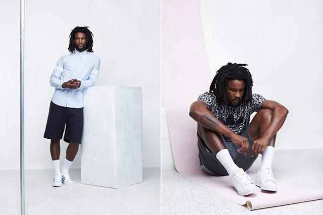 Look masculino com tênis adida superstar e meia longa na canela