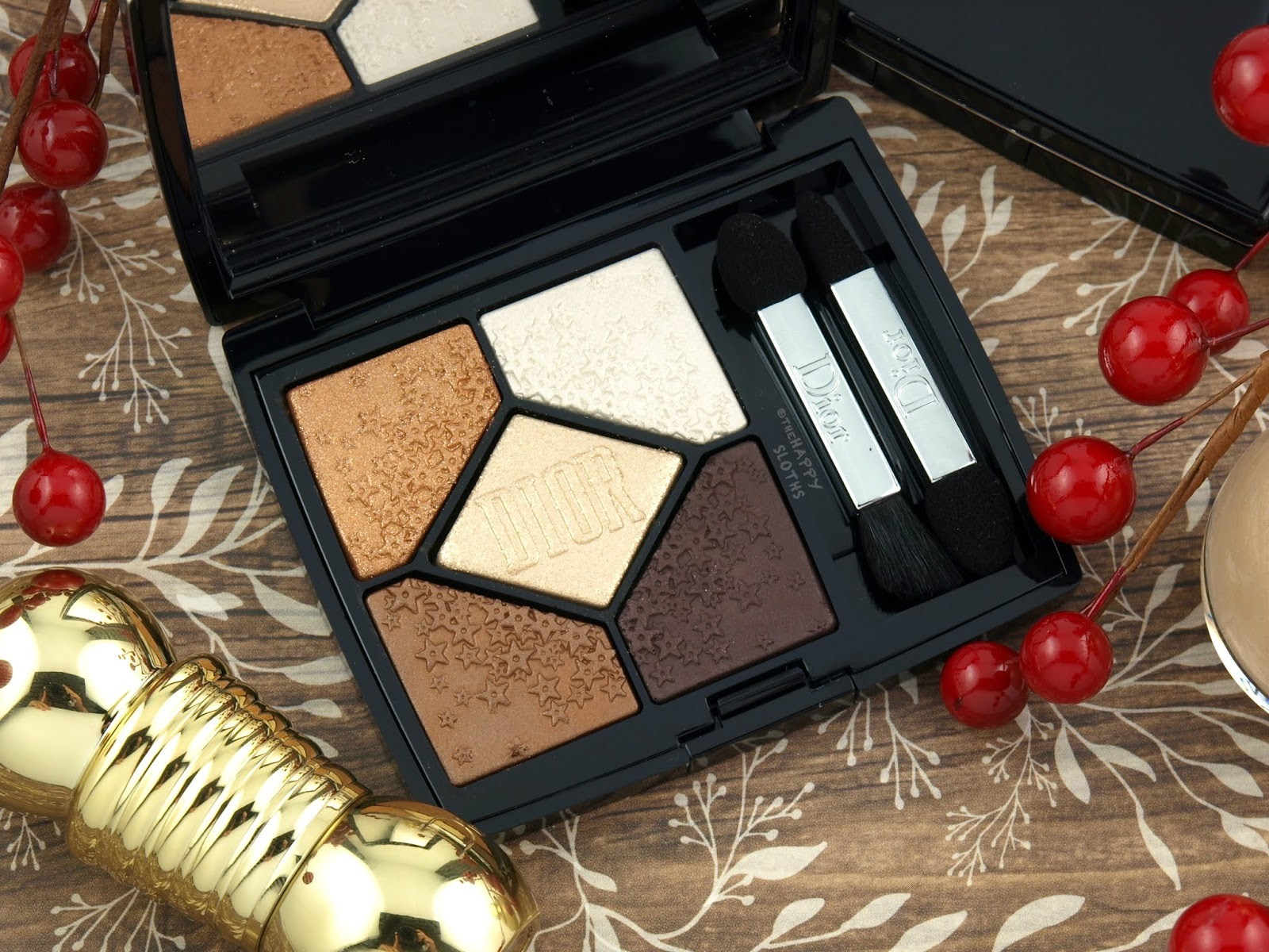 """Dior   Holiday 2018 5 Couleurs Midnight Wish Eyeshadow Palette in """"617 Lucky Star': Review and Swatches"""