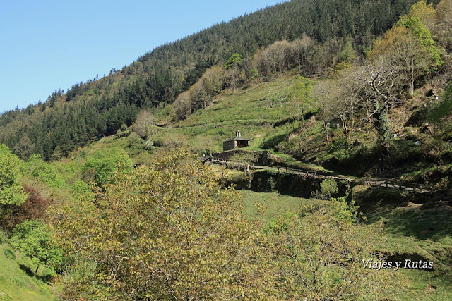 Ermita de Os Teixois, Taramundi, Asturias