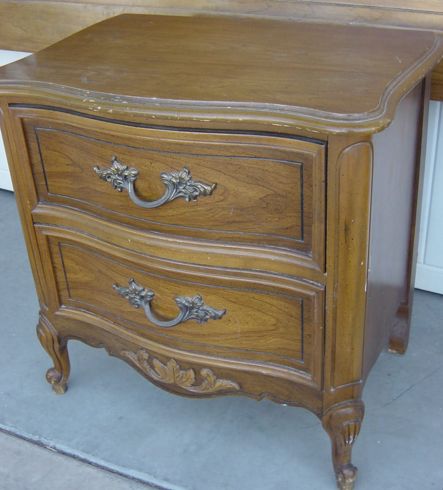 the backyard boutiquefive to nine furnishings: vintage french provincial king bedroom set