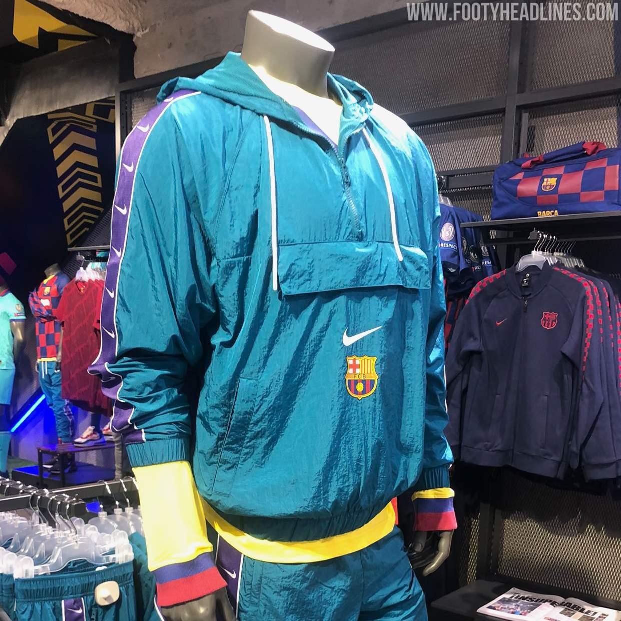auxiliar Illinois Matón  Amazing Nike Barcelona 19-20 Pocket Jacket Released - Footy Headlines