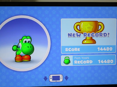 New Record gold trophy Yoshi amiibo Mini Mario Friends challenge