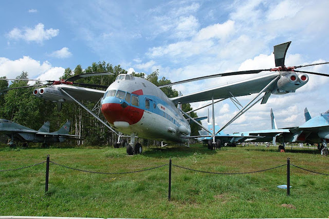 Mi-12 - O maior helicóptero do mundo
