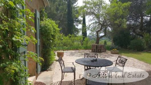 Exceptional property dating from the 14th Century with beautiful vaulted ceilings for Sale in Montpellier area, Languedoc Roussillon, South of France