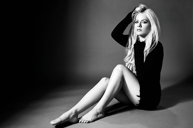 Head Above Water de Avril Lavigne, sentimientos encontrados