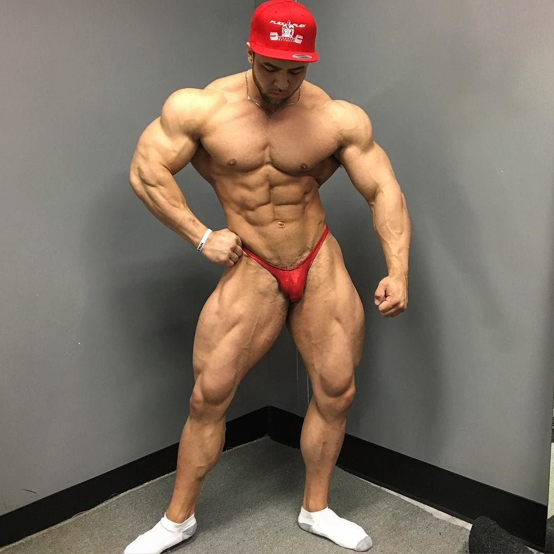 Worldwide Bodybuilders: Canadian junior bull Regan Grimes