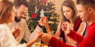imagem de família reunida no natal