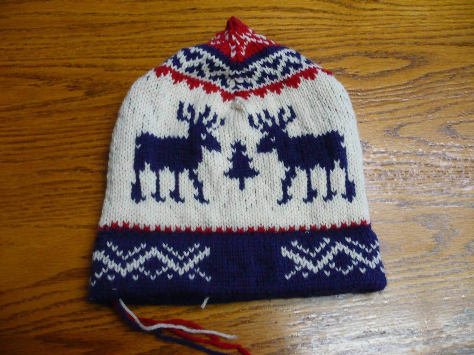 722273969973 DianeLoves2Quilt: Winter 2010 Olympics Reindeer Hat