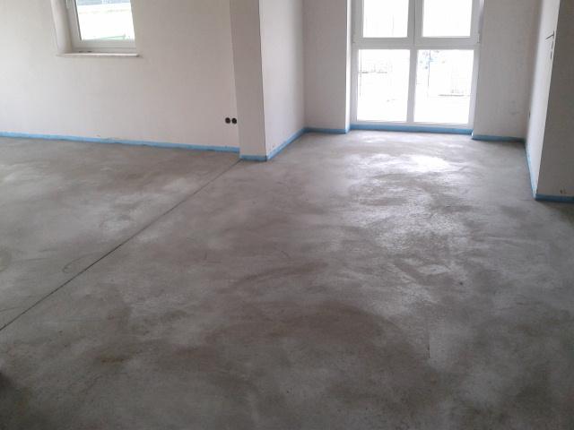 die finken bauen viel sand zement und wasser estrich. Black Bedroom Furniture Sets. Home Design Ideas