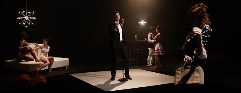 Leoni Torres - ¨Toda una vida¨ - Videoclip - Dirección: Yeandro Tamayo Luvin. Portal Del Vídeo Clip Cubano - 08
