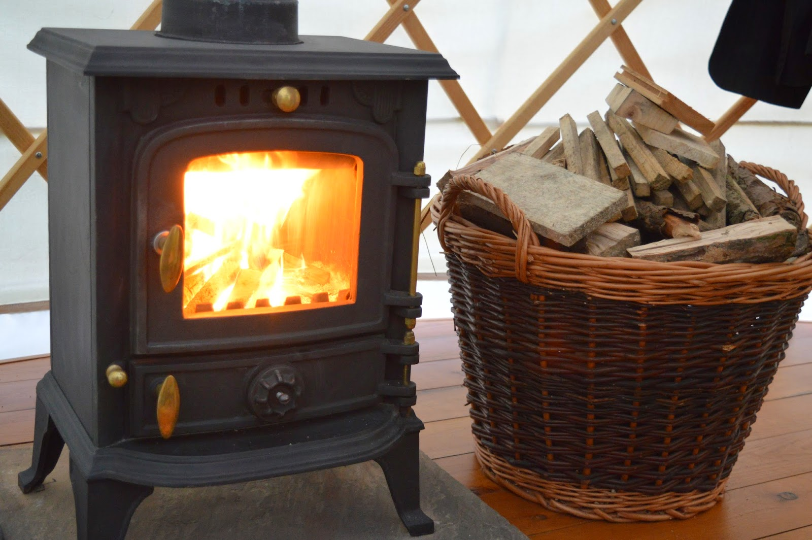 Acorn Glade - glamping in Yorkshire, Daisy Yurt - wood burning stove