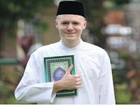 Karena Satu Ayat Al-Quran ini, Seorang Dokter Amerika Putuskan Masuk Islam