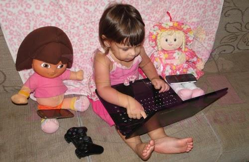 Na Mira da Mamãe_Fernanda e a Tecnologia