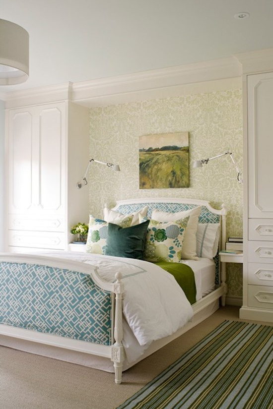 The Peak of Très Chic: Built-Ins in the Bedroom