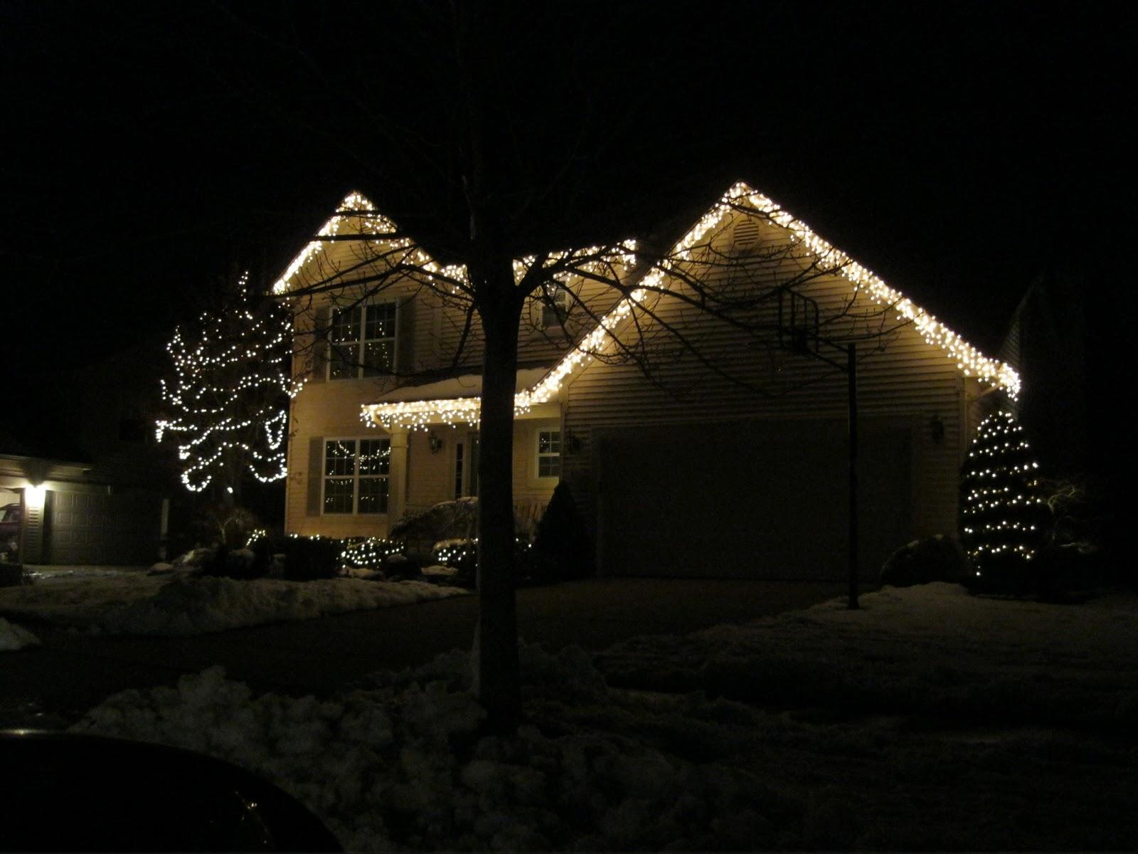 Christmas Lights On Houses.South African Girl In America Christmas Lights On Houses
