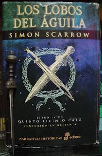 Portada del libro Los lobos del águila, de Simon Scarrow