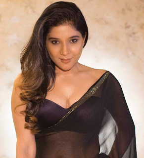 cinderella tamil movie actress sakshi agarwal transparent saree Pictures5