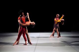 Espetáculo 'Coletânea' da Cia de Dança CCC