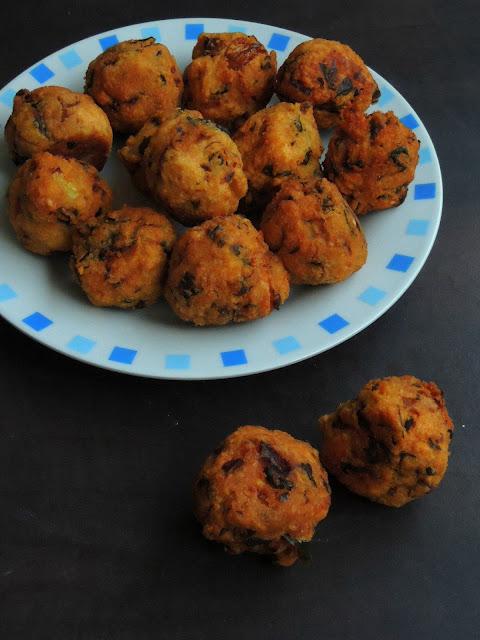 Karamani pakoda, Black eyed peas Fritters