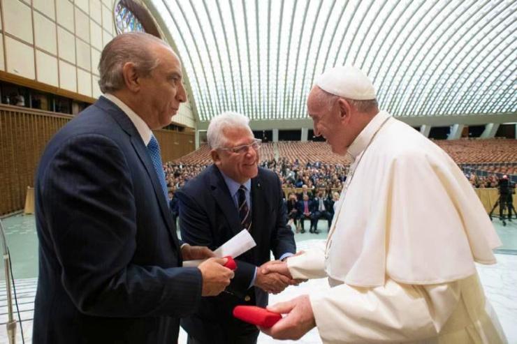 El doctor Ramón Tallaj fue recibido por el Papa Francisco en el Vaticano