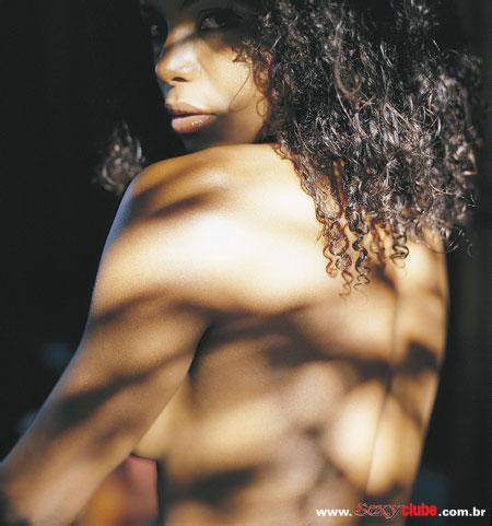 Adriana Bombom pelada nua na sexy 12