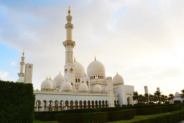 Tanggal Maulid Nabi Muhammad SAW