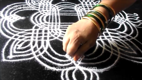 lines-rangoli-for-Navratri-1ac.png