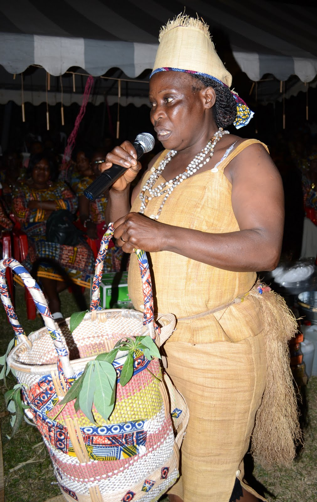 Encyclopedie de la mode gabonaise top 30 inspiring tenues for Tenue de mariage conservation nyc