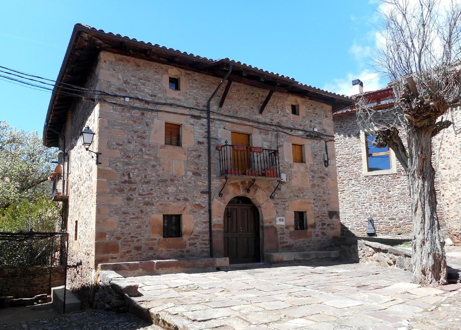 Casas solariegas en la rioja 426 viniegra de arriba - Casas prefabricadas la rioja ...