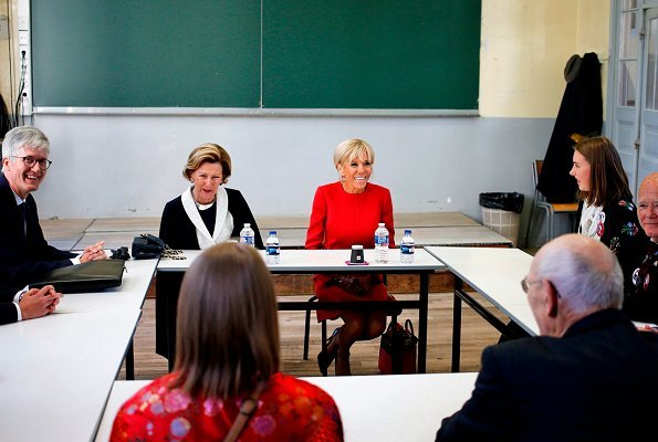 Queen Sonja met with French first lady Brigitte Macron and Norwegian ambassador to France Rolf Einar Fife