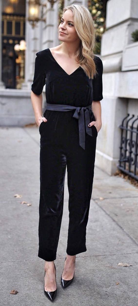 amazing outfit idea / velvet jumpsuit and black heels