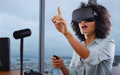 Headset Leading a Virtual Revolution