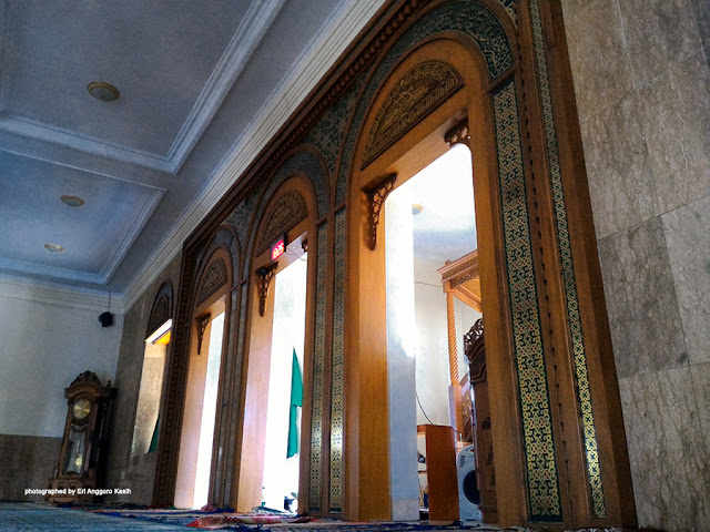 Interior Masjid Agung Manonjaya Tasikmalaya.