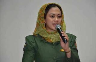 Bupati dr Cellica Nurrachadiana Laporkan Kinerjanya Selama Satu Tahun