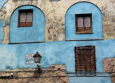 LA FOTO DE HOY: casa blava del casc antic 3