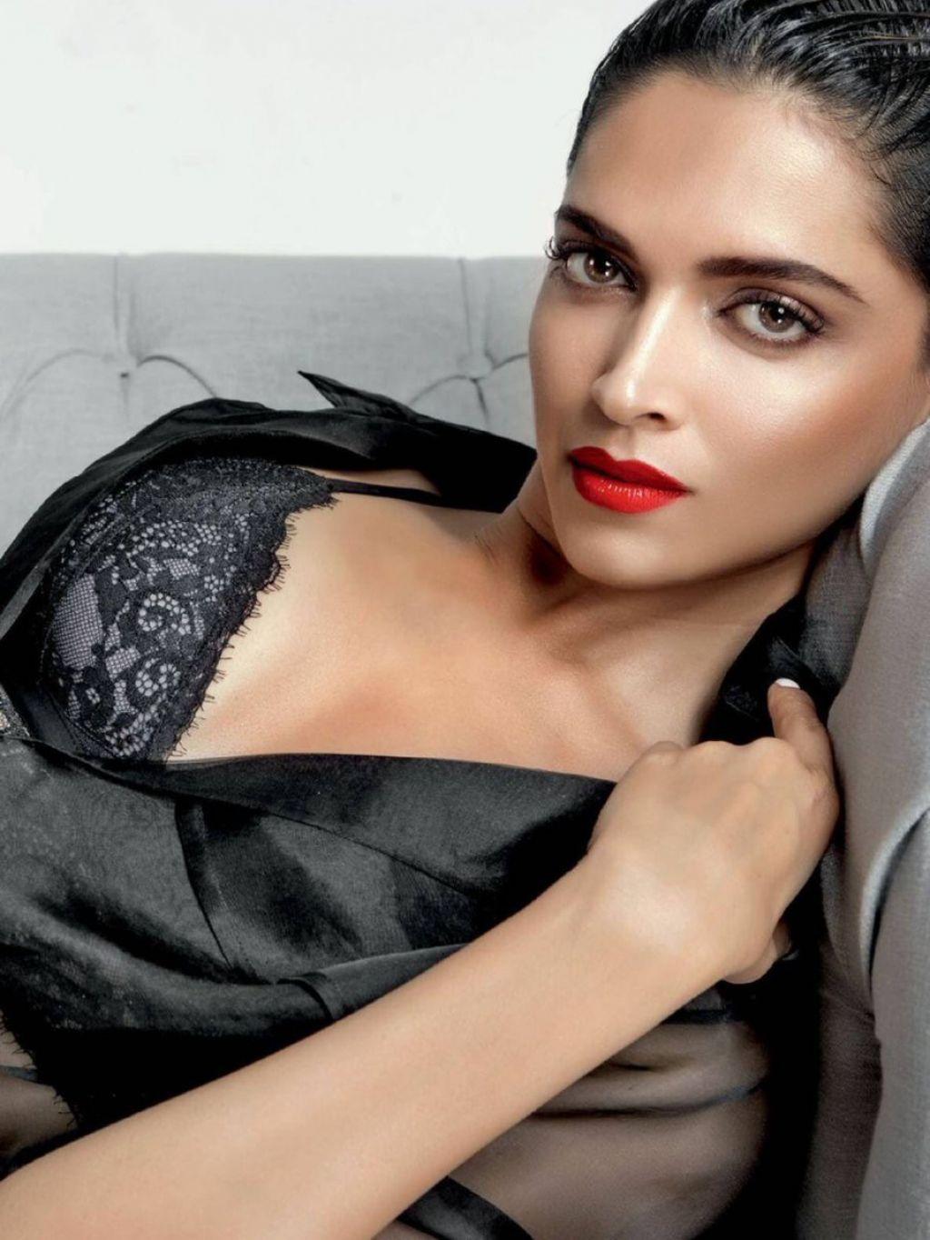 """""""HOT"""": Deepika Padukone ? Maxim Magazine India June/July ..."""