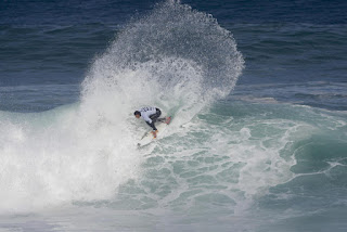2 Jordy Smith rip curl pro portugal foto WSL Damien Poullenot