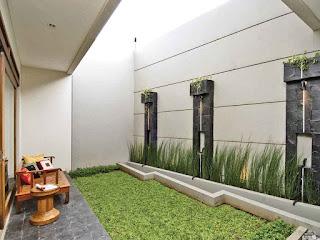 Desain Taman Belakang Rumah 8