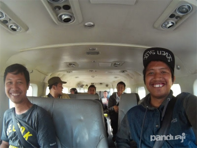 Kondisi dalam pesawat perintis kapasitas 10 orang