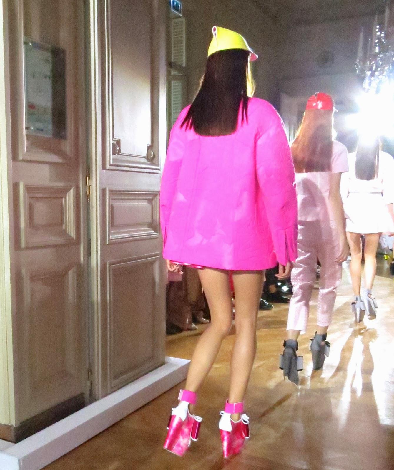 DOMINIQUE DE LONGEVIALLE Directeur Géneral de JOHN GALLIANO , ANNE De  CHAMPIGNEUL .. JOHN GALLIANO .SPRING /SUMMER 2014 Fashion Show Hotel  Salomon De ...
